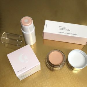Glossier stretch concealer and highlighter.